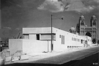 1947 : la façade sur l'avenue Vaudoyer vers la Tourette, La Major en arrière-plan