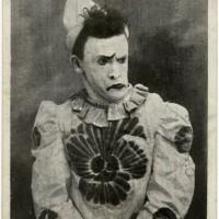 Dans les réserves du Mucem : la passion du Cirque de Gustave Soury